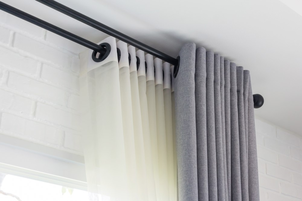 curtain rail shock cord