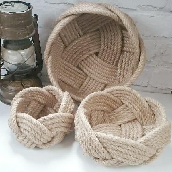 Jute nesting baskets