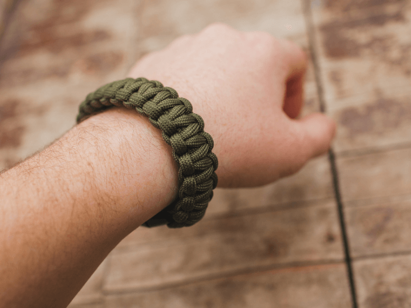 Father's day activity using paracord