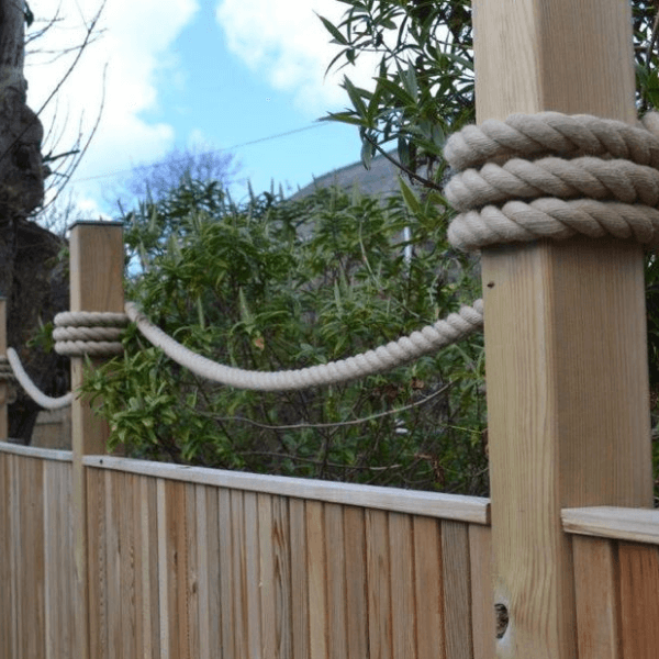 Fence design idea that uses synthetic hemp from RopesDirect